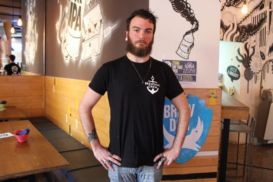 Brew dog-t-shirt: Cómo diseñar uniformes de confianza