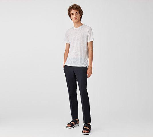 aefda4f0b1097 Las 11 de las camisetas de marca más caras del mundo