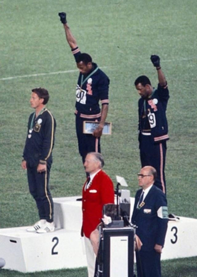 Ropa deportiva personalizada - Olimpiadas en Ciudad de México 1968