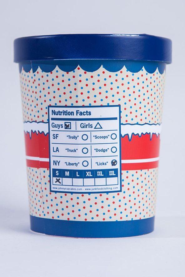 Jonny-cupcakes-cubeta de helado sola: 25 ejemplos creativos de packaging para camisetas – Parte 2
