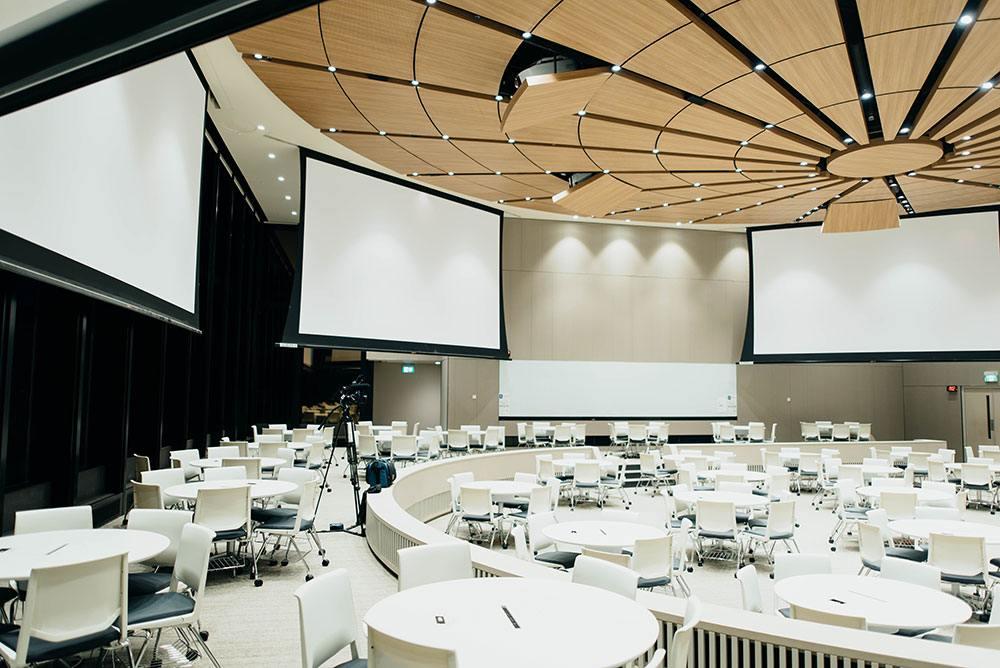 Apps para eventos: Una sala para un congreso.