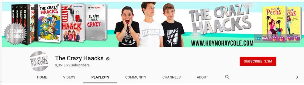 Banner que promociona camisetas y otros artículos de 'The Crazy Haacks' - cómo ganar dinero en youtube
