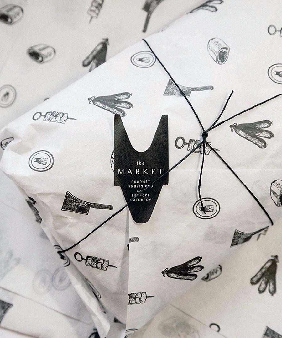 packaging blanco y negro